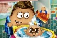 Baby Pou waschen